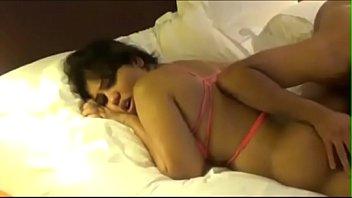Японочка стремится анальный секс с механическим ёберем